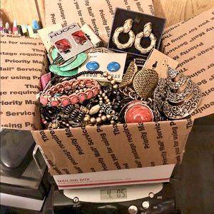 🎁‼️4 LBS Jewelry Mystery Box 90s Vintage-New‼️🎁